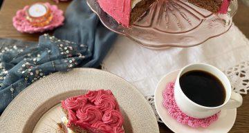 Tort chałwowo-bezowy