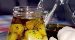 Czosnek w oliwie