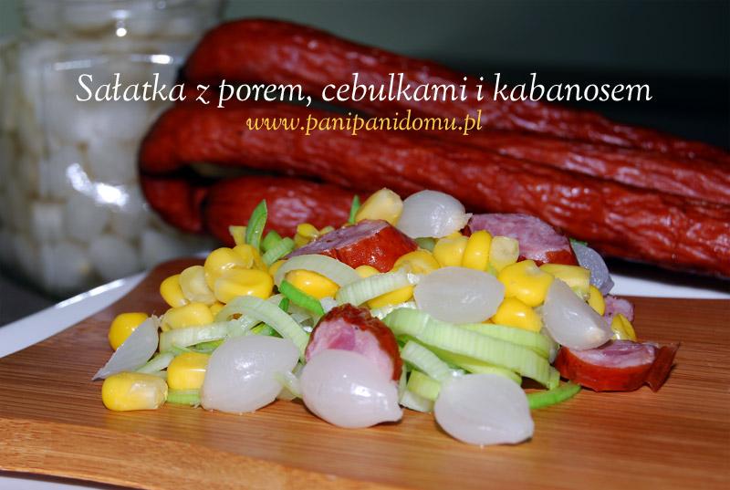salatka-z-porem-cebulkami-i-kabanosem