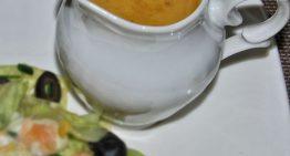 Miodowo-musztardowy sos winegret