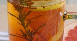 Herbata z grejpfrutem i rozmarynem